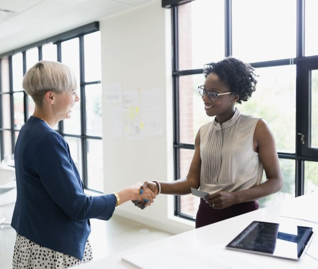 Is it your first day at work? Here are the tips to better deal with it